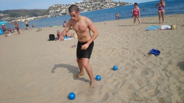 Readaptació esportiva a la platja post fractura de tibia i peroné